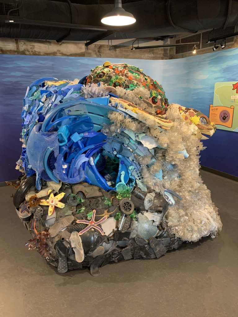 turtle trash sculpture riverbanks zoo